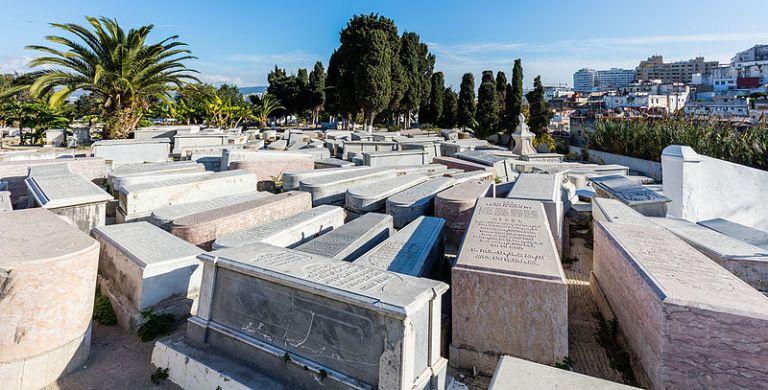 Cementerio_judío,_Tánger,_Marruecos,_2015-12-11,_DD_30